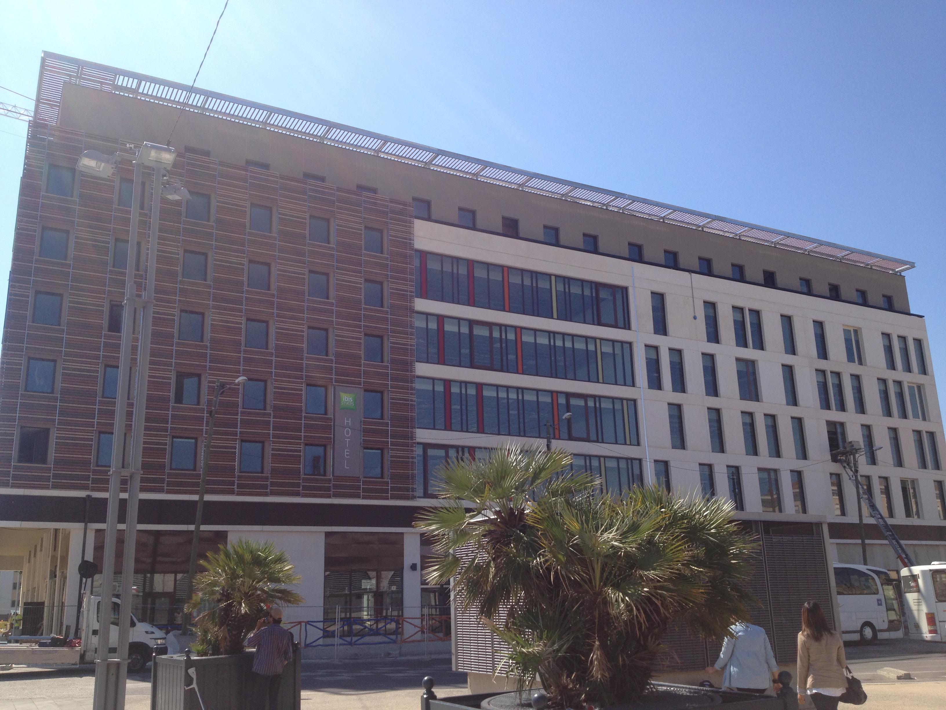hôtel All SEASON Nîmes
